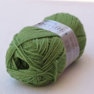 Pernilla 824 parrot green